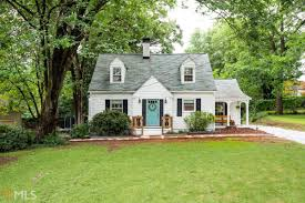Farmhouse by In Ormewood Park 1920s Farmhouse Charms For 490k Curbed Atlanta