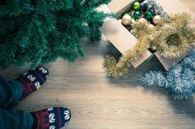 when should you take your tree and decorations the