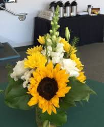 sunflower centerpiece centerpieces rowlees buds and balloons