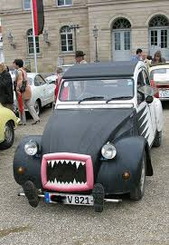 Halloween Costumes Cars 109 Voiture Funny Images Car Cars Cool Cars