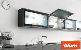 blum cuisine aventos hk pour portes relevantes pivotantes porte de meuble de