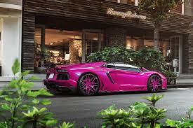 car lamborghini pink pink lamborghini aventador turns heads in tokyo