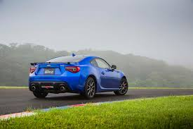 old subaru sports car first drive 2017 subaru brz automobile magazine