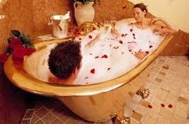 Bathtub Wine Bathroom Romantic Bathtub For Two With Decorative Bamboos Home