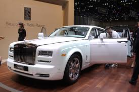 roll royce garage rolls royce phantom photo galleries autoblog
