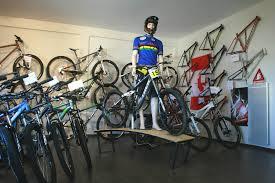 changer chambre à air vtt changer chambre à air vtt luxe pyrénées vélo evolution design à la
