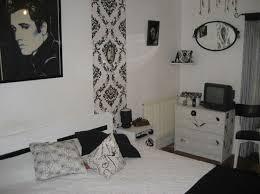 chambre baroque noir et tapisserie baroque noir chambre baroque noir et meubles