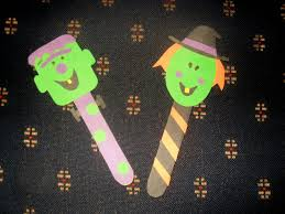 Halloween Crafts With Construction Paper Adventures In Motherhood And Home Child Care Construction Paper