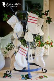 homespun christmas handmade holidays cedar hill farmhouse stockings minis jpg