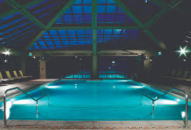Pool At Night Indoor Outdoor Pool At Night At The Westgate Park City Resort