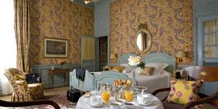 chambre d hote mirande calle recueille des histoires dans une chambre d hôtel