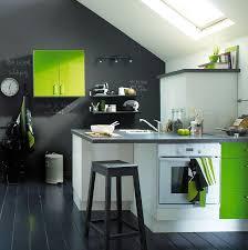 cuisine verte et marron cuisine verte et photo 9 10 on adore les touches de vert ici