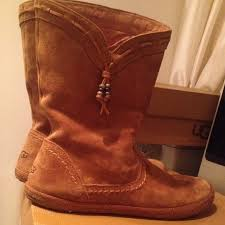ugg womens laurin boots chestnut 22 ugg shoes authentic ugg water resistant chestnut suede