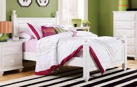 Summer Breeze Queen White Panel Bedroom Suite Lang Furniture Madison Panel Customizable Bedroom Set U0026 Reviews