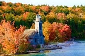 lighthouses upper peninsula travel