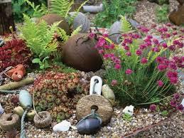 dreamy beach themed garden decor ideas 8