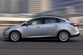 2015 ford hatchback 2014 vs 2015 ford focus what s the difference autotrader