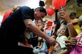 in photos duterte visits young cancer patients on christmas eve