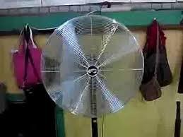 30 Oscillating Pedestal Fan 2002 Hampton Bay Industiral 30