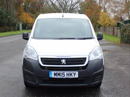 peugeot partner 2015 used 2015 15 peugeot partner 1 6 hdi 5 seater crew van for sale