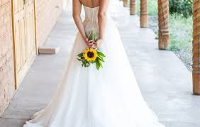 wedding flowers sunflowers wedding sunflowers photos and tips pretty bridal bouquets with