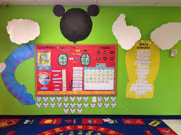 mickey mouse clubhouse classroom mickey mouse classroom circle