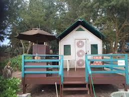 glamping 10 beachfront bungalows and yurts amazing kauai