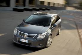 2009 Toyota Corolla Roof Rack by Toyota Avensis Tourer 2009 2015 Features Equipment And