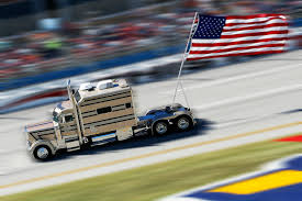 Flags In Nascar The Beginnings Of A Beloved Patriotic Tradition Talladega