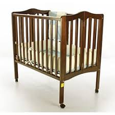 Hi Gear Folding C Bed Kauai Baby Gear 17 Photos 49 Reviews Baby Gear Furniture