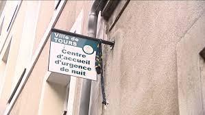 Centre Du Foyer Tours Mobilisation Contre La Fermeture Du Foyer D U0027accueil D