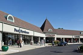 freehold mall address hours directions outlets in nj