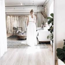 wedding dress guide the ultimate guide to wedding dress shopping brides