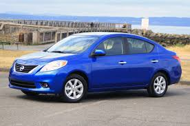 nissan versa reviews 2016 2012 nissan versa autoblog