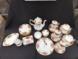 country roses tea set 39 royal albert tea set country roses catawiki