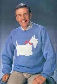 15 of the worst sweaters from 80s that should never come back