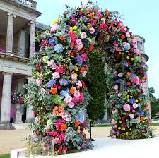 wedding arches uk a bright late summer wedding flower delivery service arch and