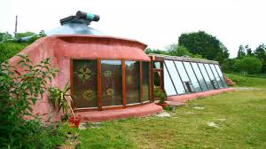 self sustaining homes best self sustaining homes small energy self suffi 3402