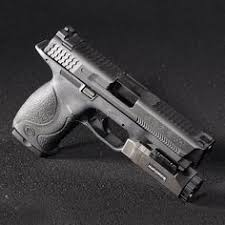 smith and wesson m p 9mm tactical light pin by rae industries on guns and magazine speedloaders pinterest