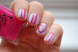 in samazement valentines nail art 2 glitter stripes and hearts