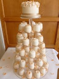 individual wedding cakes 76 best wedding cakes images on pretty cakes amazing