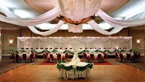 wedding venues appleton wi appleton weddings radisson paper valley hotel weddings