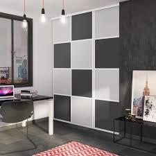 customiser une porte de chambre comment customiser des portes de placard simple peinture pour