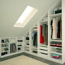 solution rangement chambre les meubles sous pente solutions créatives archzine fr armoire