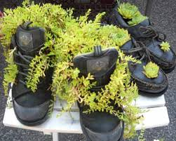 Backyard Planter Ideas 20 Ways To Recycle Shoes For Planters Cheap Decorations And