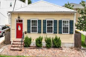 beautiful east riverside cottage with lovely backyard asks 515k