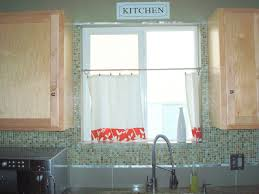 Simple Kitchen Curtains by Old Fashioned Green Tiered Kitchen Cafe Curtain Design For Window