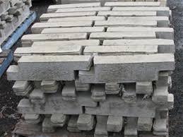pallet approx 80 walling blocks or garden edging ezi stone bush