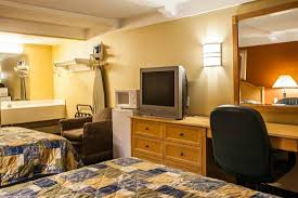 Comfort Inn St Charles Rodeway Inn Updated 2017 Prices U0026 Motel Reviews Saint Charles