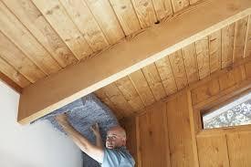 maison bois interieur la pose de l u0027isolation intérieure d u0027une maison en bois